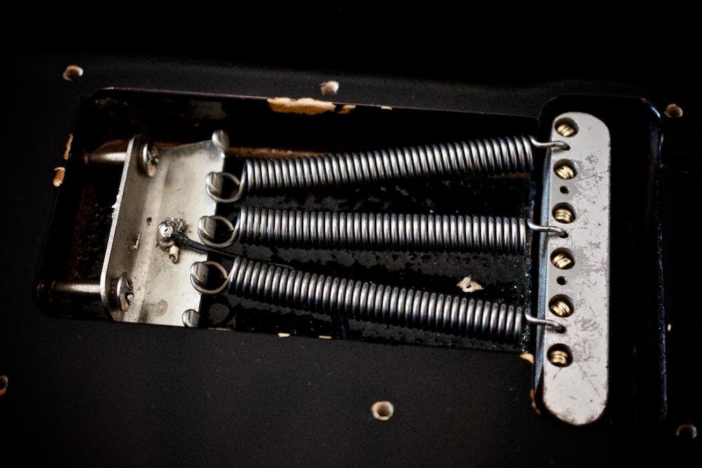 Stratocaster springs